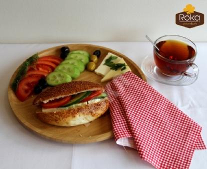 Susamlı Sandviç (Beyaz Peynirli)